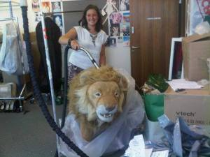 Harrods Day 1 - hoovering a lion