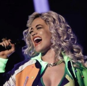 Stylitz - Rita Ora in F13 Gogo Philip classic chain